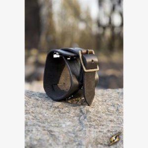 Cuff Bracelet - Black - 20 cm